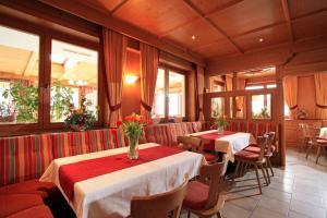 Landhotel Lechner, Hotel  Kirchberg in Tirol - big - 22