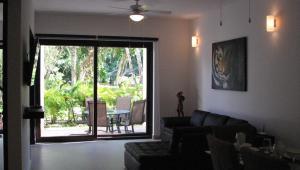 Luxurious Condo in a Breathtaking Environment - Access to Grand Bahia Amenities, Apartments  Akumal - big - 46