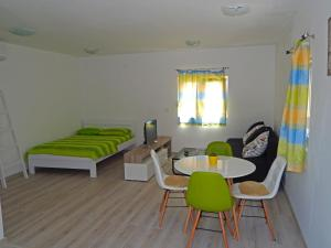 Apartment Anja, Apartments  Tivat - big - 33