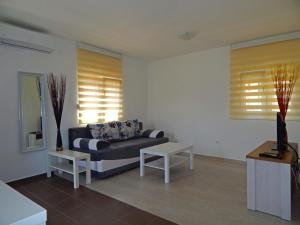 Apartment Anja, Apartments  Tivat - big - 2