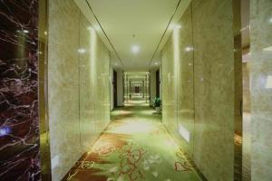 Crown Plaza Hangzhou, Hotely  Hangzhou - big - 28