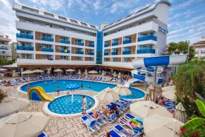 Blue Wave Suite Hotel, Hotely  Alanya - big - 1