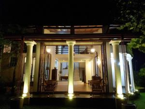 Kumbuk Villa - Yattowita