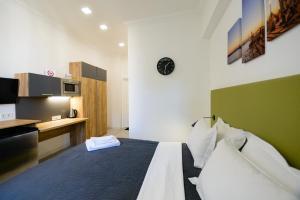 Partner Guest House Khreschatyk, Appartamenti  Kiev - big - 105