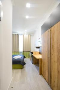 Partner Guest House Khreschatyk, Appartamenti  Kiev - big - 106