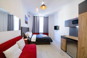 Partner Guest House Khreschatyk, Appartamenti  Kiev - big - 100