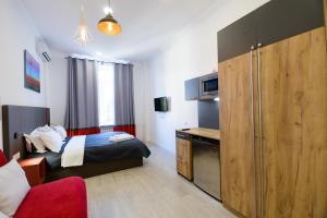 Partner Guest House Khreschatyk, Appartamenti  Kiev - big - 98