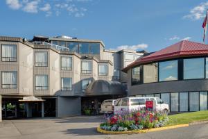 Ramada by Wyndham Kamloops, Hotely  Kamloops - big - 17