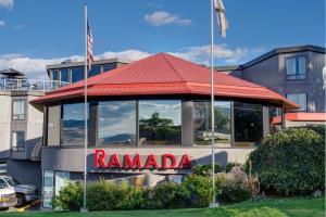 Ramada by Wyndham Kamloops, Hotely  Kamloops - big - 91