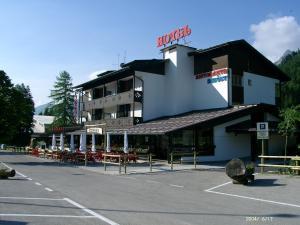 Hotel Davost - Forni di Sopra