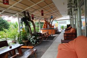 Smile Hostel Koh Phangan, Hostelek  Bantaj - big - 58