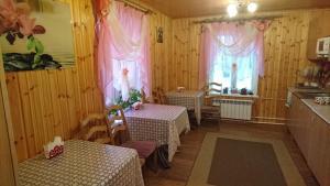 Guest House Berezka, Pensionen  Tichwin - big - 37