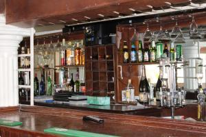 Leisure Lodge Hotels, Hotels  Freetown - big - 43