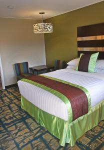 Gateway Inn and Suites, Отели  Салида - big - 49