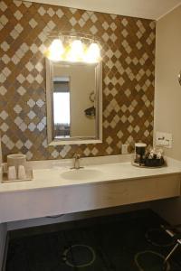 Gateway Inn and Suites, Hotel  Salida - big - 75