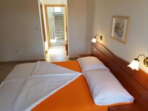 Guesthouse Villa Adria, Penziony  Malinska - big - 26