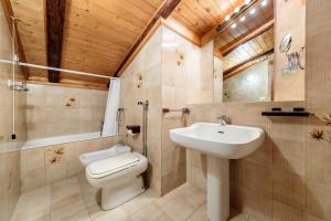 Villa Doneà - Stayincortina - AbcAlberghi.com