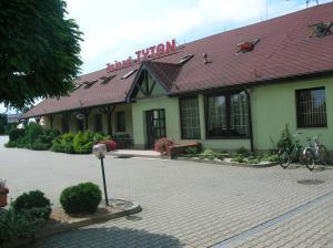 Zajazd Tytan