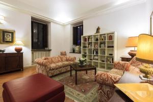Palazzo Donarelli - abcRoma.com