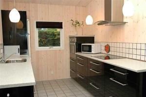 Holiday home Pindvej H- 3508, Ferienhäuser  Egeskov - big - 7