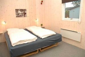 Holiday home Pindvej H- 3508, Ferienhäuser  Egeskov - big - 6