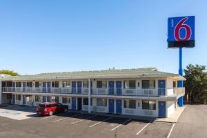 Motel 6-Reno, NV - West