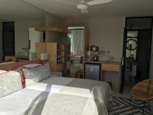 Vilacqua Boutique Guest Villa, Penzióny  Plettenberg Bay - big - 121