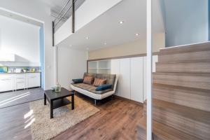 D53 Apartments
