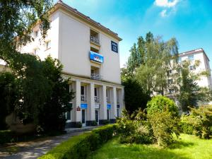 University Hotel - Accommodation - Prague