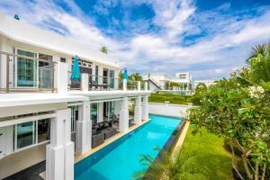 Hollywood pool villa Jomtien Pattaya