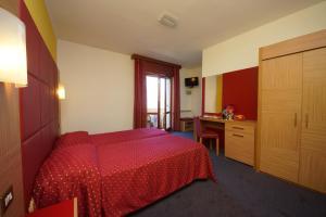Hotel Alpi, Szállodák  Malcesine - big - 11