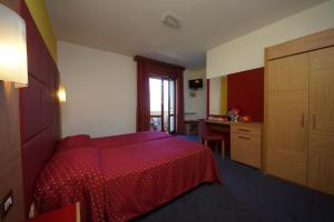 Hotel Alpi, Szállodák  Malcesine - big - 8