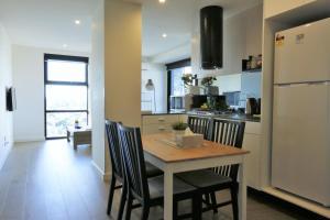 Self Service Apartment Free Parking+Wifi, Апартаменты  Мельбурн - big - 24