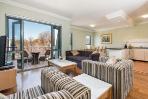 Sydney Inner City Sanctuary- 2 Bedroom Apartment - Sydney