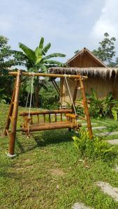Phuree Hut - Ban Bang Kluai Nai