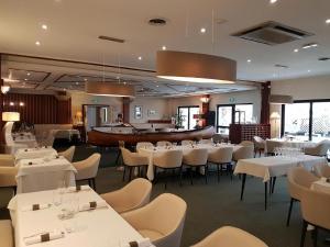 Hôtel Restaurant Tivoli - Basel Airport.  Foto 12