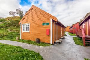 Håholmen Havstuer - By Classic Norway Hotels, Hotely  Karvåg - big - 10