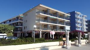Augustus Viviendas Turísticas Vacacionales, Appartamenti  Cambrils - big - 49