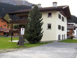 Hus Pravis - Apartment - Klosters