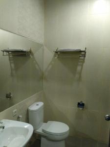 Hotel Alpha Makassar, Hotely  Makasar - big - 39