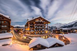 Location gîte, chambres d'hotes Hôtel de la Loze dans le département Savoie 73