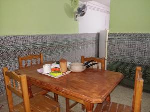 Elnaweras Guesthouse, Pensionen  Sidi Ferruch - big - 5