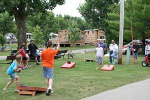 Lakeland RV Campground Loft Cabin 1, Holiday parks  Edgerton - big - 14