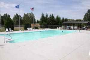 Lakeland RV Campground Loft Cabin 3, Üdülőközpontok  Edgerton - big - 8