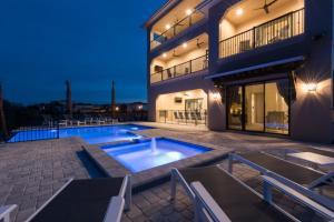 obrázek - Muirfield Villa 550