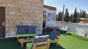 Roof suite at the heart of Jerusalem, Apartmány  Jeruzalem - big - 19
