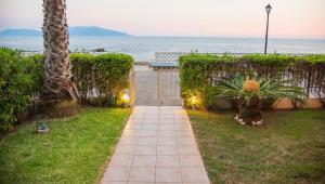 Jovanna Luxury Villas, Case vacanze  Pantokratoras - big - 6