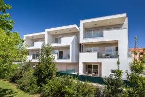 Family Friendly Apartment Near The Sea, Apartments  Banjole - big - 44