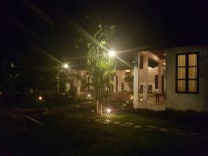 Villa Thakhek, Penziony  Thakhek - big - 188
