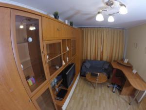Apartment Tolstogo - Levoberezhnaya